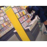 書店で大きいリュックの学生を逆さ撮り可愛いパンチュ【ロリ動画】rere 3作品セット販売 04 06 12