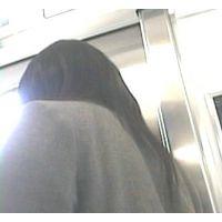 電車内の様子【動画】制服姿の女の子 全身編