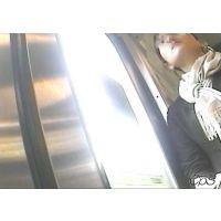 電車内の様子【動画】制服姿の女子校生とリクルートスーツの女子大生 5作品セット販売