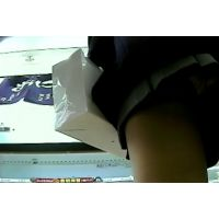 激ミニ女子校生よく見るとキティちゃんのパンチュ履いてますw【動画】PE10とPE06セット販売