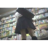 学生を逆さ撮り書店で本を読んでいる所を【パンチラ動画】花色木綿 08と01〜04セット販売
