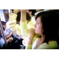 満員電車で顔を撮りエスカレーターで逆さ撮りマンスジ?のような食い込みも【動画】STATION 03と01セット販売