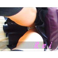 立ち読み中の女子校生を逆さ撮り可愛いパンチュ履いてます【パンチラ動画】Rei 01と06〜08セット販売