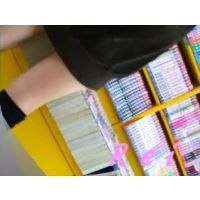 可愛いサンダルと可愛いパンチュ履いてます立ち読み中の幼い女の子【パンチラ動画】Rei 3作品セット販売 02 05 07