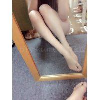 [足フェチ写真集] スレンダー美女「はな 26歳」165cm/23.5cm