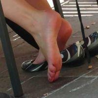 【HD動画】ショップ店員のパンプス脱ぎと足の裏3