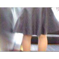 逆さ撮りしたら可愛いピンクのパンチュ履いてました!【動画】エスカレーターでの出来事 その11