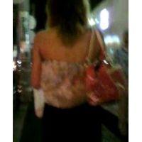 背中出し肌の露出が多い私服で出勤するキャバクラ嬢【ストーキング動画】街撮り編 305