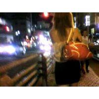 背中出し肌の露出が多い私服で出勤するキャバクラ嬢【ストーキング動画】街撮り編 306