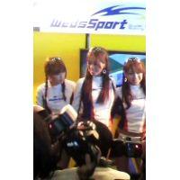 WedsSportブースのコンパニオン3人組東京オートサロン2012【動画】イベント編 806