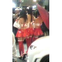 スタッフ邪魔だよ!コンパニオン3人組を後ろから東京オートサロン2012【動画】イベント編 803