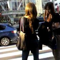 信号待ちの間に写真を撮るお姉さん2人組【ストーキング動画】街撮り編 108
