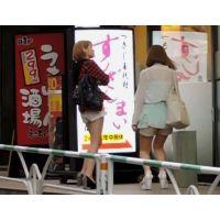 生脚ショートパンツ私服姿で街をブラブラ茶髪2人組【動画】街撮り編 1003と1002セット販売