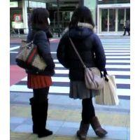 信号待ちをしている私服姿の女の子2人組【ストーキング動画】街撮り編 118