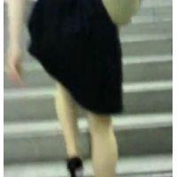 階段を上る私服姿のお姉さん【ストーキング動画】街撮り編 115