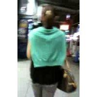 夜中に私服姿で街をブラブラする髪を結んだ女性【ストーキング動画】街撮り編 301〜311セット販売
