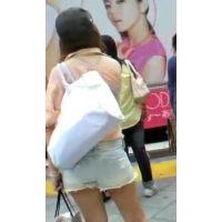 ショートパンツを履いた女の子私服姿【ストーキング動画】街撮り編 112〜115セット販売