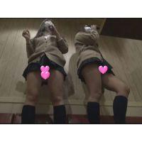 【個撮】カラオケで現役のギャルたまごちゃん2人組とヤバすぎるパンチラ映像(1)
