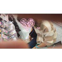 【乳首チラ】vol.40 顔映しちゃうよw…キレイなお姉さんは好きですか?【胸チラ・浮きブラ】