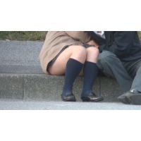 制服カップルのじゃれ合い(動画)