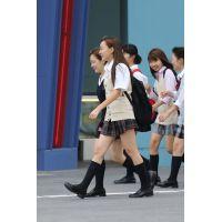 制服女子校生達の放課後風景 File081