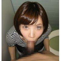 Public toilet blowjob [personal shooting] E cup home teacher [Cu