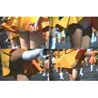 パレードのチアガール(オレンジワンピ+白アンスコ)♪