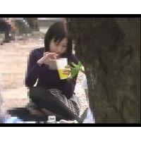 たちひろし【高画質】花見でギャルパンチラNO-03