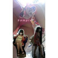 【パンチラ】カワイイ女の子のパンツを逆さ撮りしてみた
