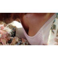 【HD】胸チラ動画042