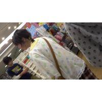 【フルHD】リアル胸チラハンターvol.223