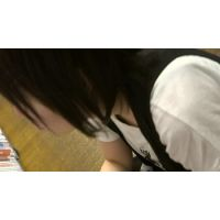 【フルHD】リアル胸チラハンターvol.1377