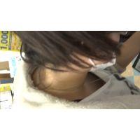 【フルHD】リアル胸チラハンターvol.1048