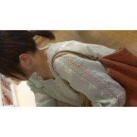 【フルHD】リアル胸チラハンターvol.1347