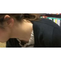 【フルHD】リアル胸チラハンターvol.1161