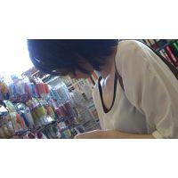 【フルHD】リアル胸チラハンターvol.1042