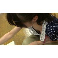【フルHD】リアル胸チラハンターvol.424