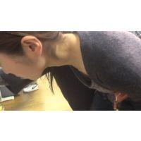 【フルHD】リアル胸チラハンターvol.60