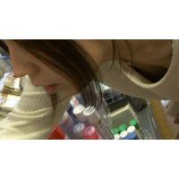 【フルHD】リアル胸チラハンターvol.893