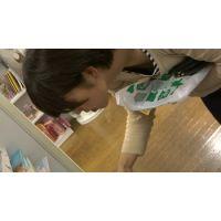 【フルHD】リアル胸チラハンターvol.713