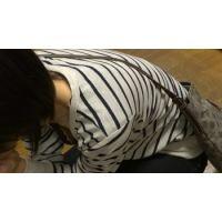 【フルHD】リアル胸チラハンターvol.242