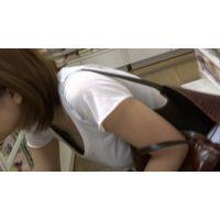 【フルHD】リアル胸チラハンターvol.332