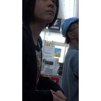 【フルHD】リアル胸チラハンターvol.211
