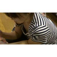 【フルHD】リアル胸チラハンターvol.672