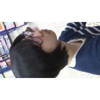 【フルHD】リアル胸チラハンターvol.984