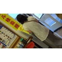 【フルHD】リアル胸チラハンターvol.641