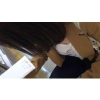【フルHD】リアル胸チラハンターvol.77