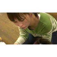 【フルHD】リアル胸チラハンターvol.1025