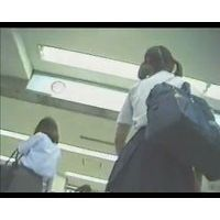 【HD】JK・追っかけパンチラ-75