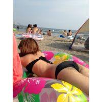 『超露出』真夏のぷるぷるビーチギャル
